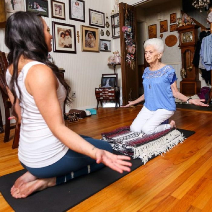 yoga_86-grandmother-670x670